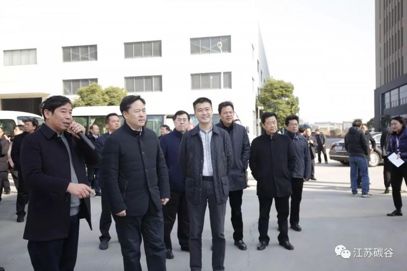 江阴市领导观摩碳谷科技石墨烯智能化仓